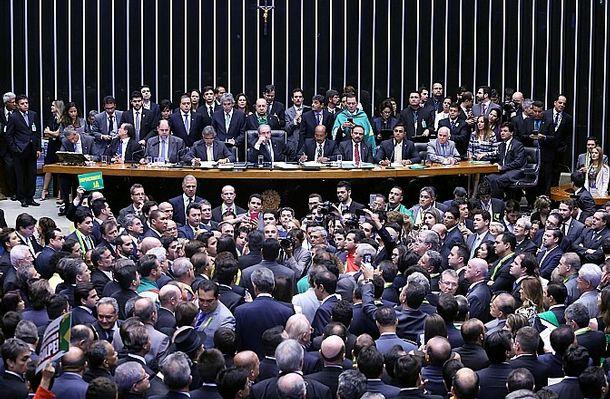 oposição, corruptos, processos, jb, 3